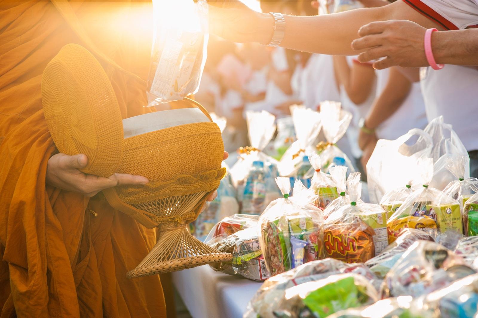 เลือกอาหารทำบุญ เน้นสุขภาพพระ thaihealth