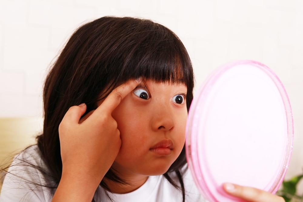 แพทย์เตือน ฝุ่น PM 2.5 ภัยร้ายในดวงตาเด็ก thaihealth