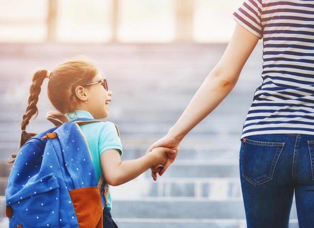 แนะ 5 วิธี ดูแลลูกวัยรุ่นช่วงสอบเข้าเรียนต่อ ไม่ให้เครียด thaihealth