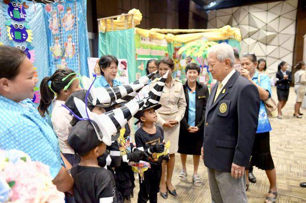 มรภ.เพชรบุรี พัฒนา นร. ให้อ่านออกเขียนได้ thaihealth