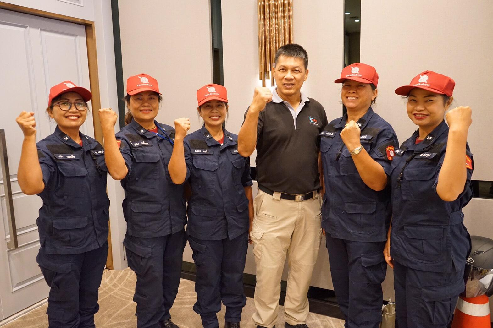 สสส.-สอจร. ร่วมรณรงค์ใส่หมวกกันน็อคช่วงสงกรานต์  thaihealth