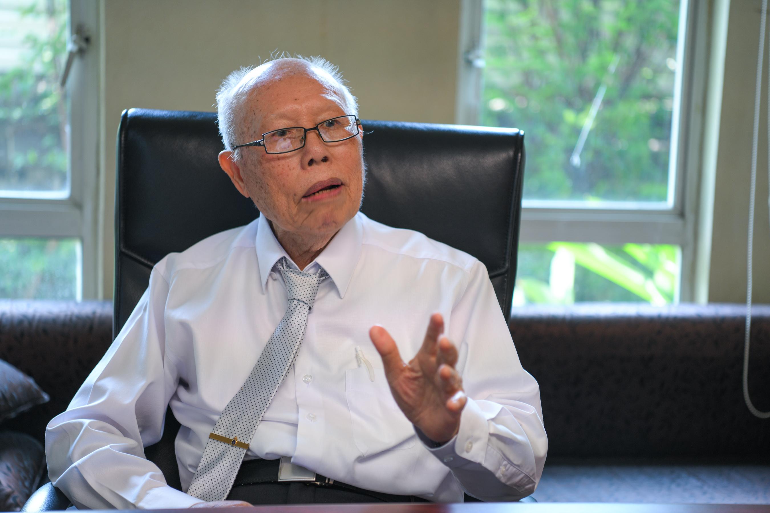 'นพ.บรรลุ ศิริพานิช'แบบฉบับผู้สูงอายุ'กายดีใจเท่' thaihealth