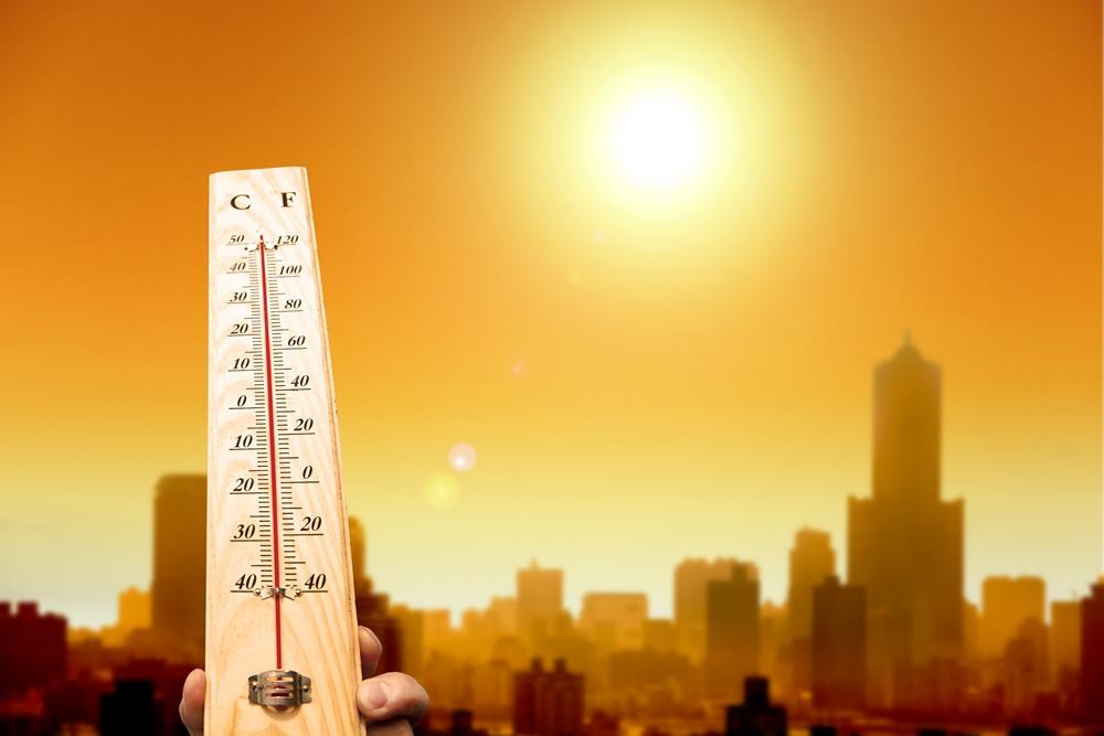 อุตุฯ เตือนหลายพื้นที่อากาศร้อนจัด กทม.มีฝนฟ้าคะนอง 30% thaihealth