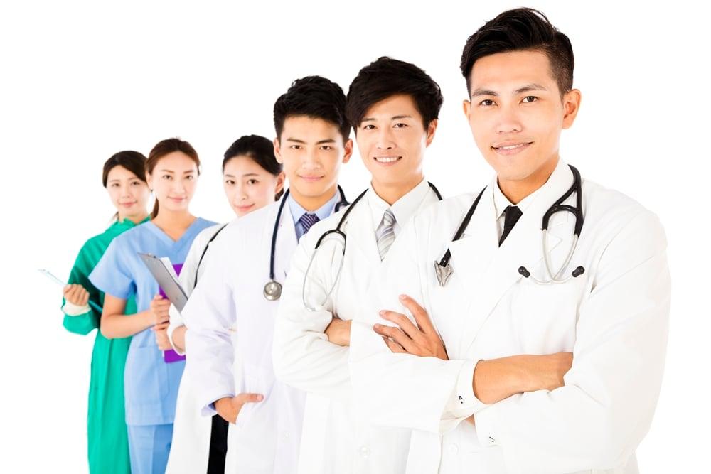 สธ.ซักซ้อมทีมแพทย์ พร้อมดูแลผู้ร่วมงานพระราชพิธี thaihealth