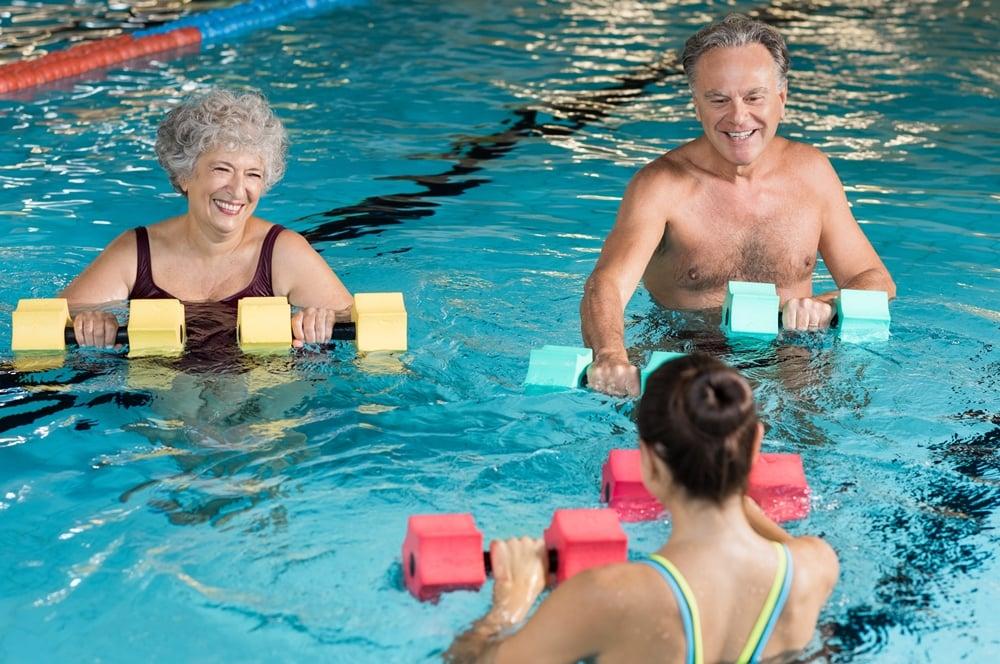 ชวน สูงวัย ออกกำลังกายในน้ำวันละ 30 นาที  thaihealth