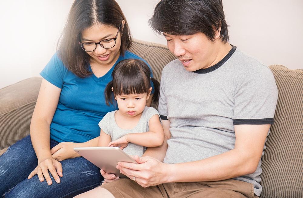 แนะครอบครัวสร้างกติกาการใช้หน้าจอร่วมกัน thaihealth