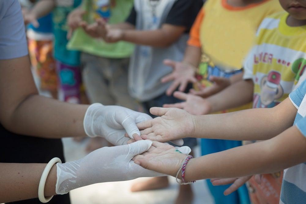 สถานศึกษาป้องกันโรคมือเท้าปากในเด็ก thaihealth