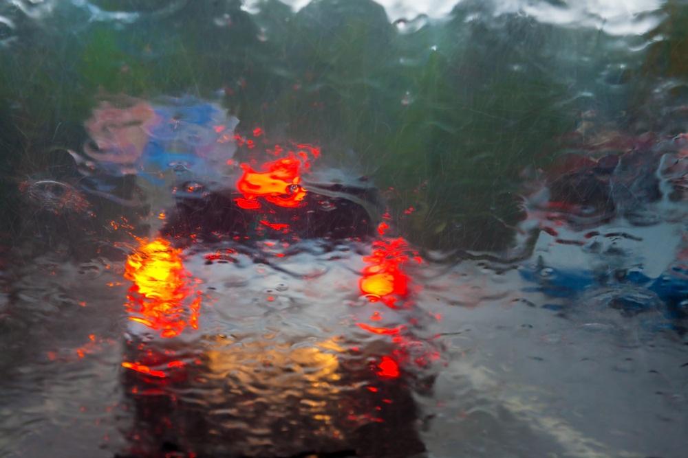 เตือนประชาชนเฝ้าระวังอันตรายจากฝนตกหนัก thaihealth