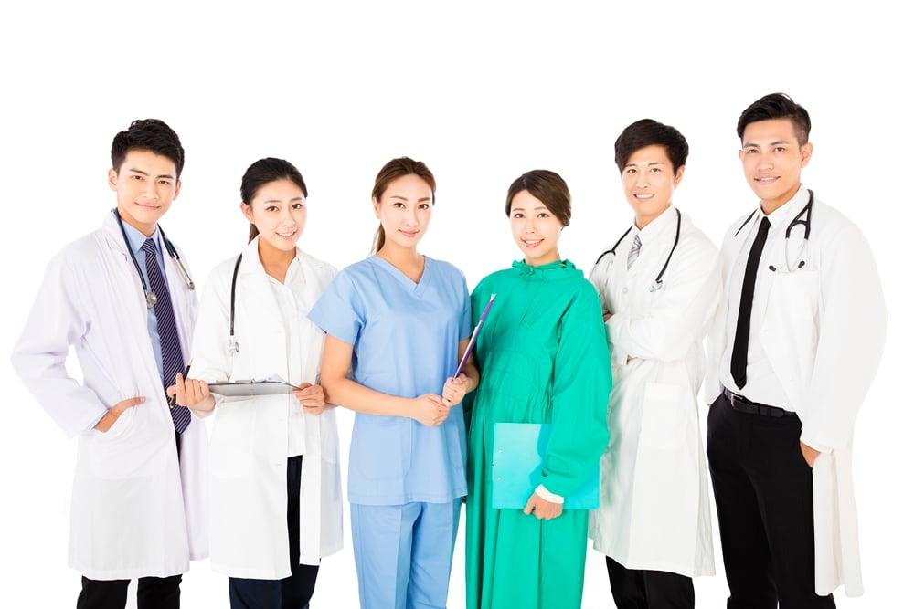 สธ.ส่งทีมแพทย์ดูแลสุขภาพผู้แสวงบุญชาวไทย  thaihealth