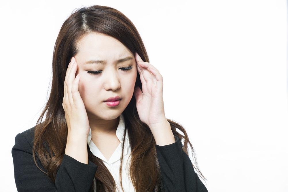 แนะหลีกเลี่ยงปัจจัยกระตุ้นอาการปวดไมเกรน  thaihealth