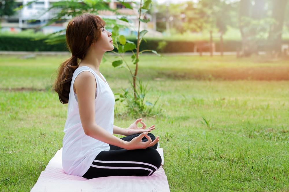 ฝึกหายใจ คลายเครียด thaihealth