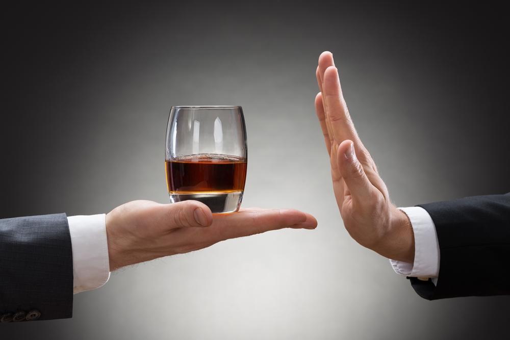 การดื่มแอลกอฮอล์ปริมาณมากในระยะเวลาสั้น ฤทธิ์รุนแรงถึงตาย thaihealth