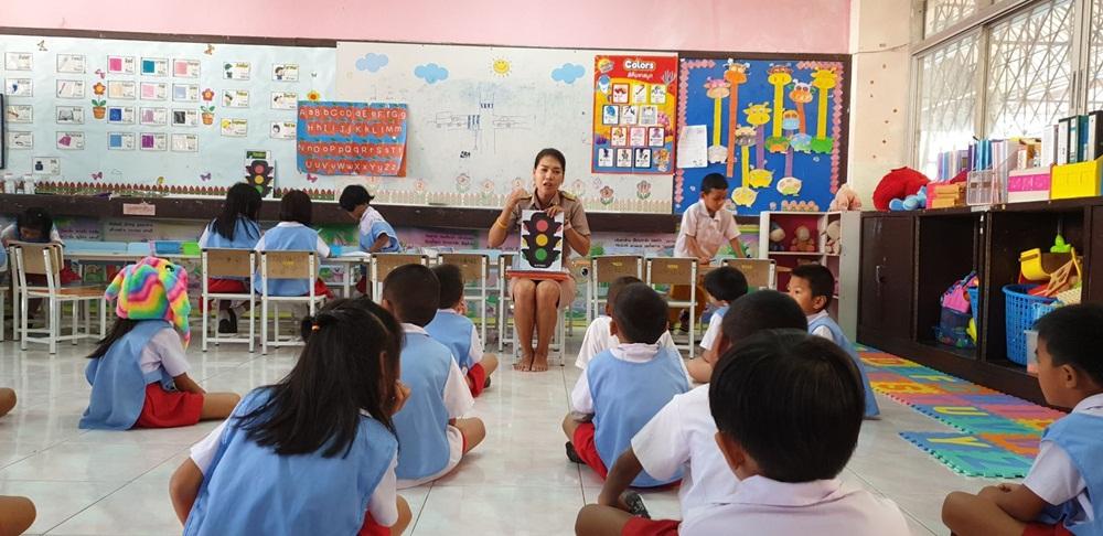 วิชาหมวกกันน็อก ลูกเรียนพ่อแม่ปฏิบัติ thaihealth