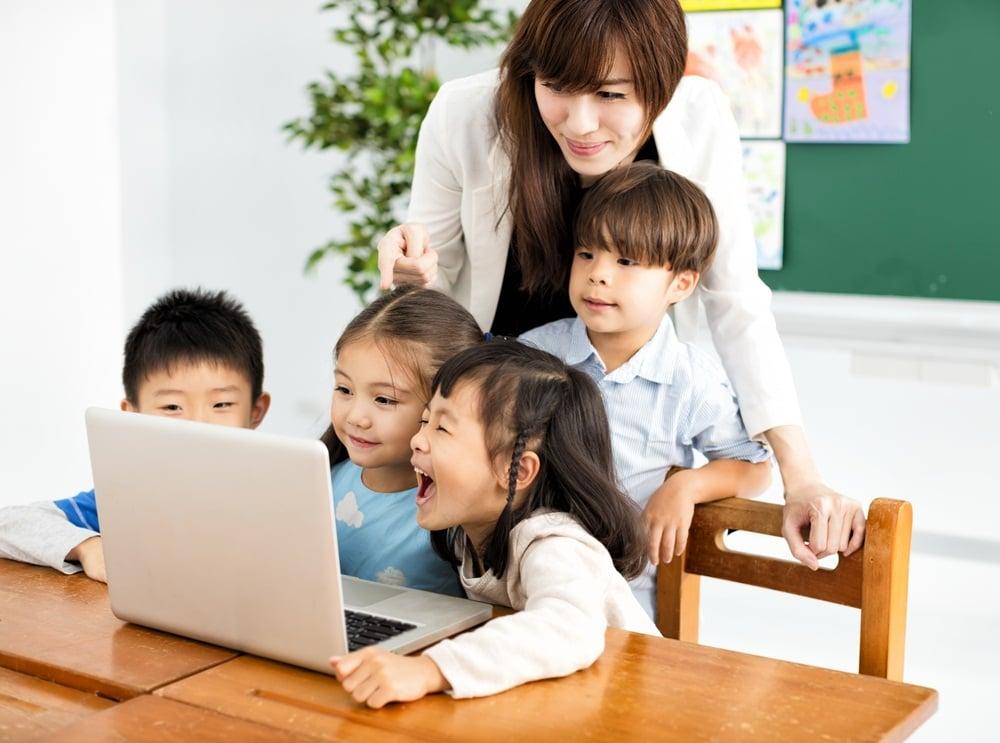 ครูยุคใหม่ พัฒนาก้าวทันโลกดิจิทัล thaihealth