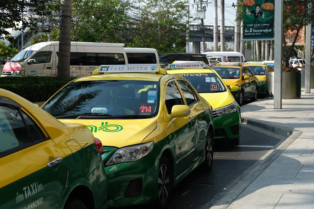 3 หน่วยงานรัฐ ลุยตรวจสุขภาพผู้ขับขี่รถแท็กซี่ thaihealth