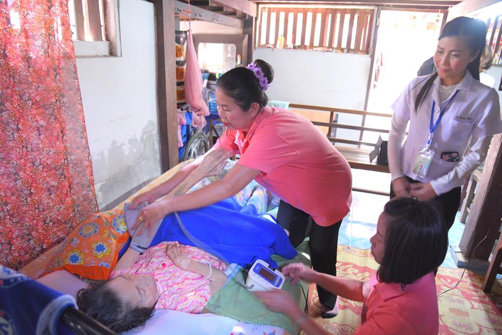 เทศบาลตำบลแม่ปูคา พลังชุมชนดูแลคนป่วย-ผู้สูงวัย thaihealth
