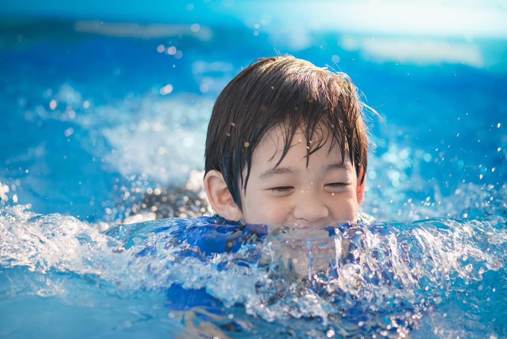 รณรงค์ป้องกันเด็กจมน้ำ เอาชีวิตรอดได้ ช่วยเป็น เล่นปลอดภัย thaihealth