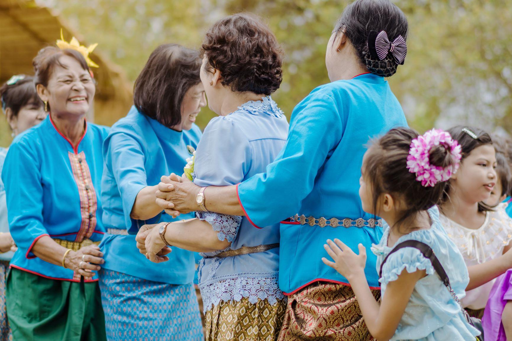 การละเล่นพื้นบ้าน สร้างสุขภาพสูงวัย thaihealth