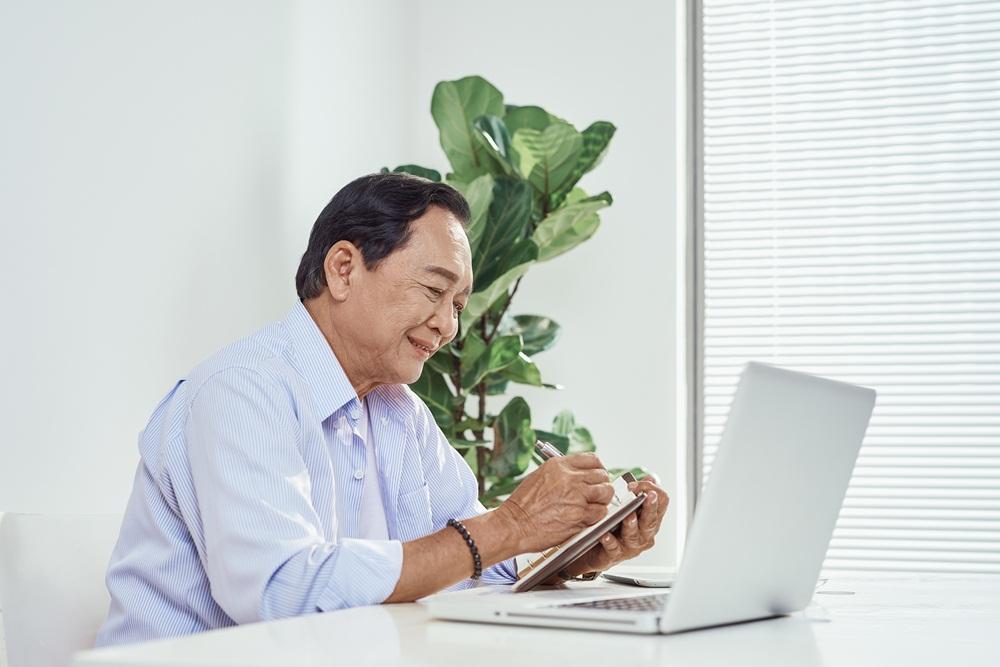 จัดทำคู่มือผู้สูงอายุรู้เท่าทันสื่อ  thaihealth