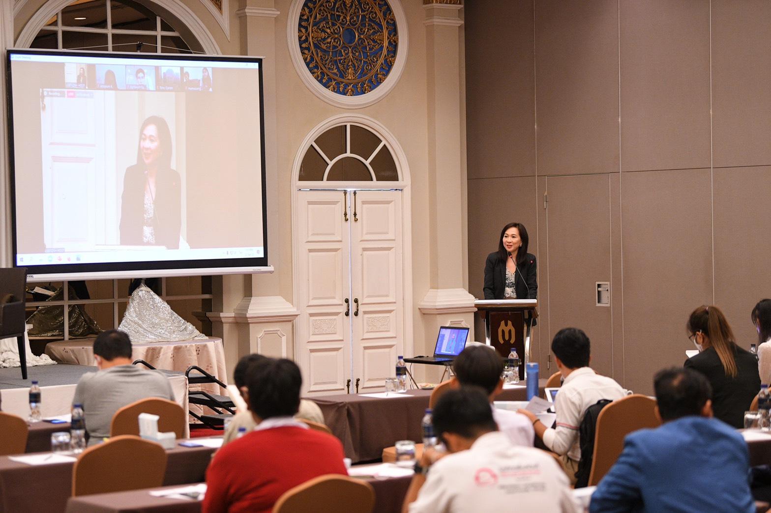 ขับเคลื่อนยุทธศาสตร์สุขภาวะกลุ่ม LGBTIQN+ thaihealth