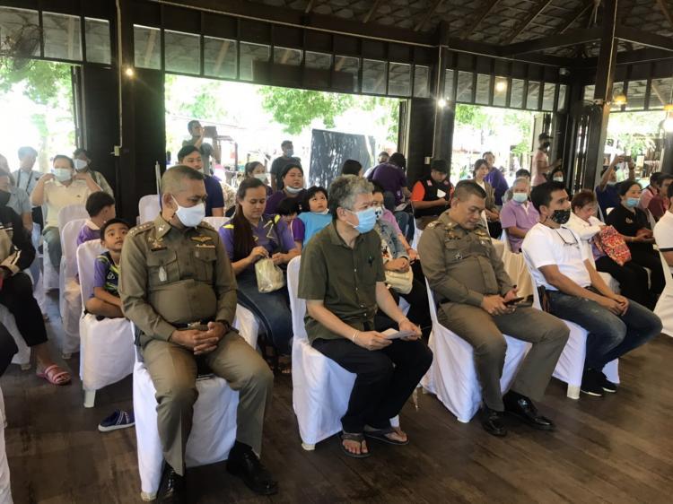 สภ.อัมพวา จับมมือภาคีเครือข่าย รณรงค์ยุติความรุนแรงต่อเด็กและสตรี thaihealth