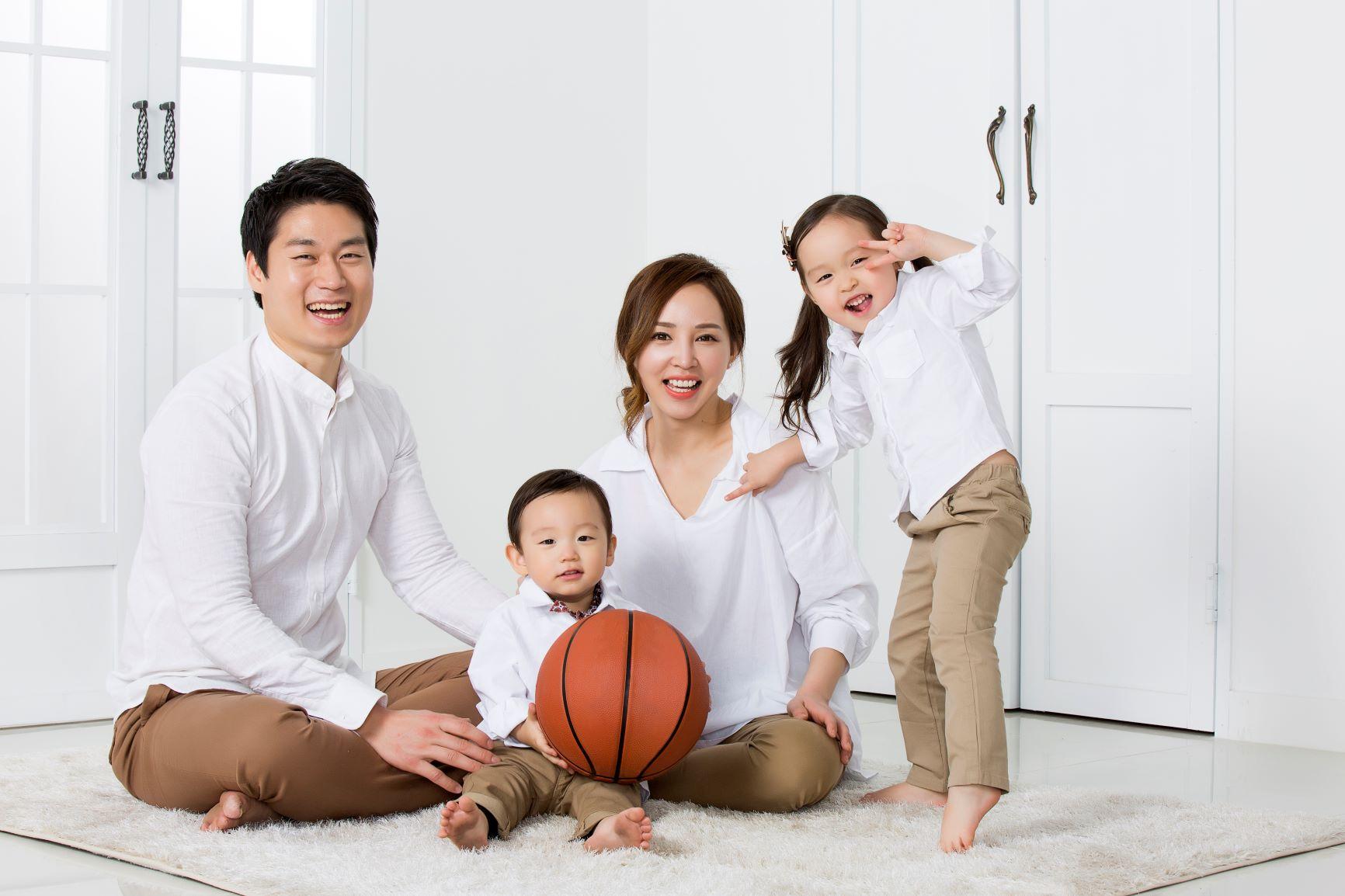 Happy Family Award ครอบครัวไทยฉีดวัคซีนเข้มแข็ง-อบอุ่น-สงบสุข-พอเพียง thaihealth