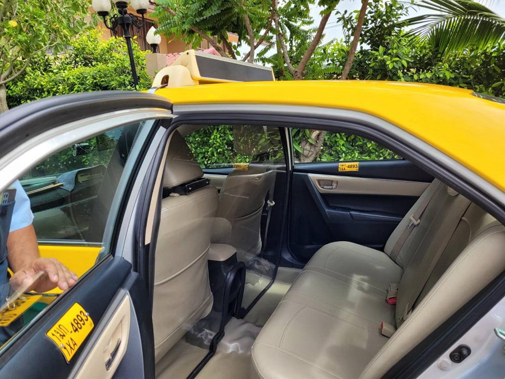 อาสาแท็กซี่ รับ-ส่งผู้ป่วย สู้ภัย COVID-19 thaihealth