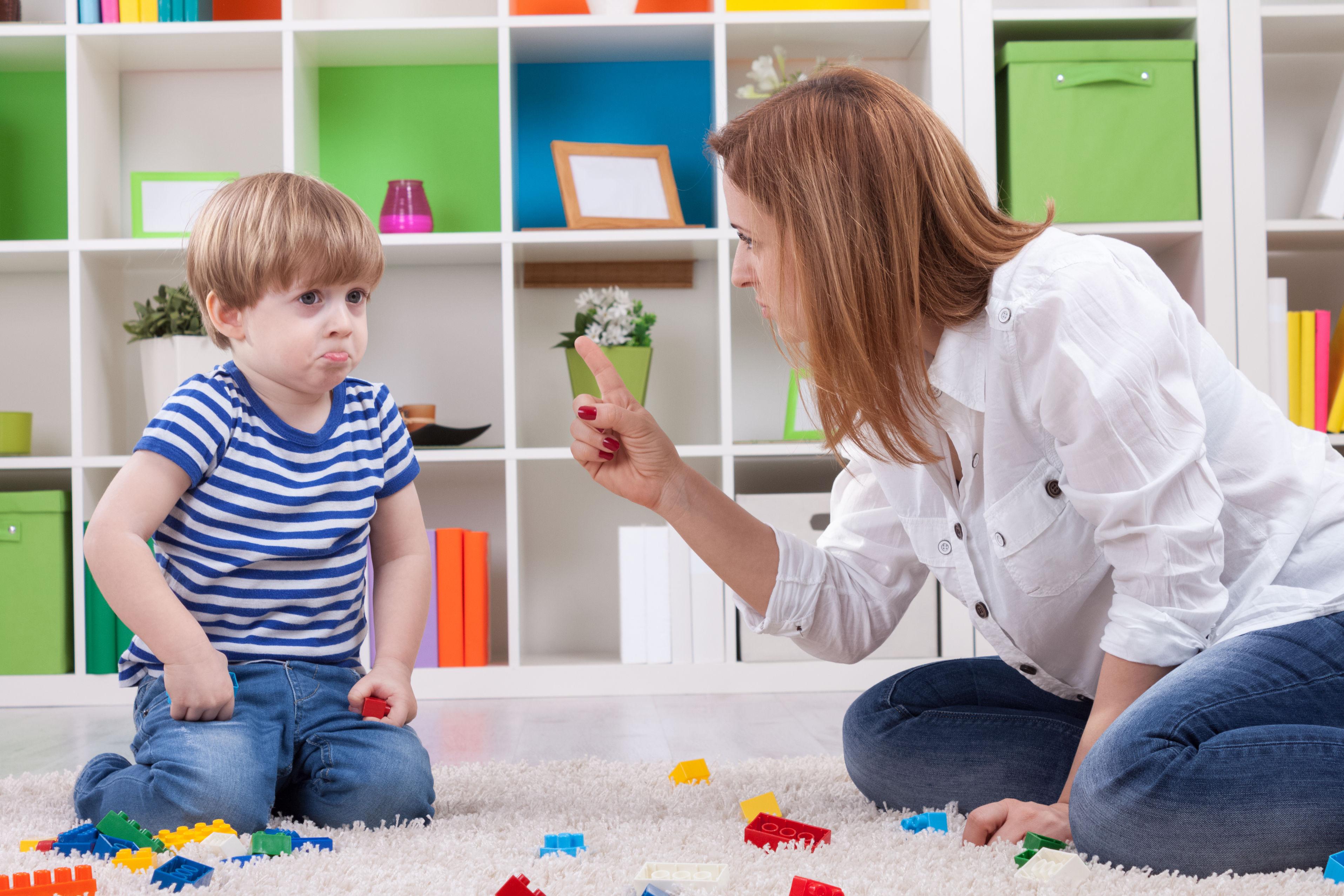 7 พฤติกรรม รักลูกเกินเหตุ