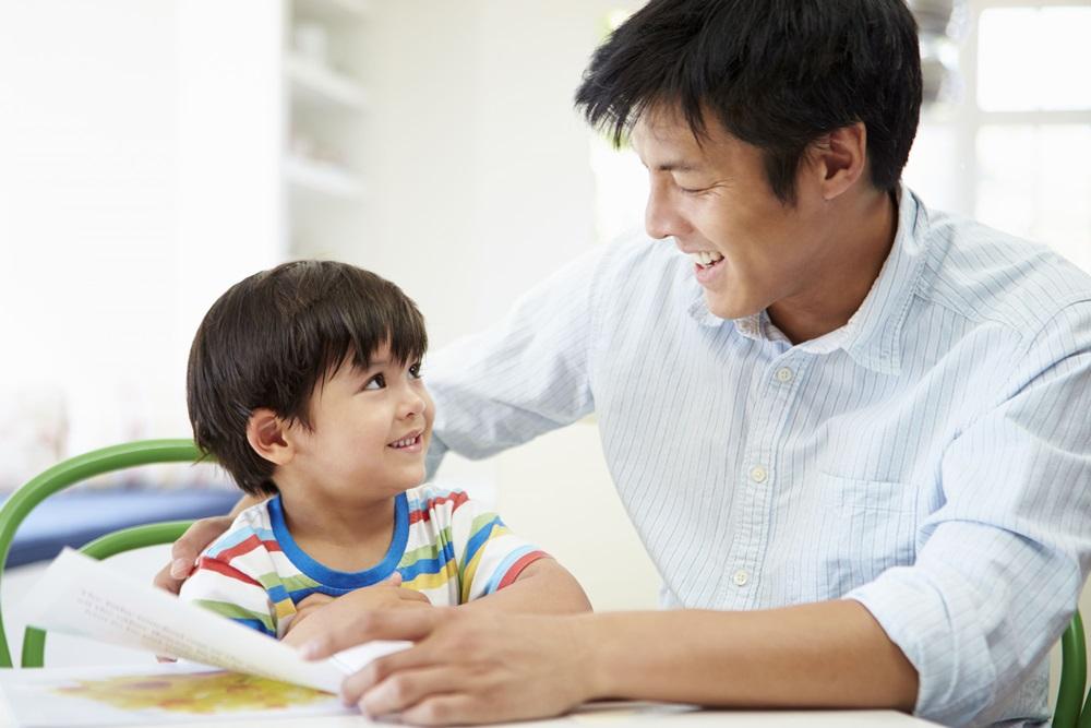 """เตือนพ่อ-แม่ อย่า""""ทำการบ้านแทนลูก"""" thaihealth"""