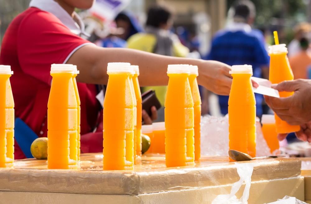 น้ำส้มคั้นที่คุณดื่ม จริง หรือ ปลอม thaihealth